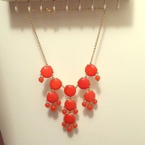 Bubble necklace with multiple sizes